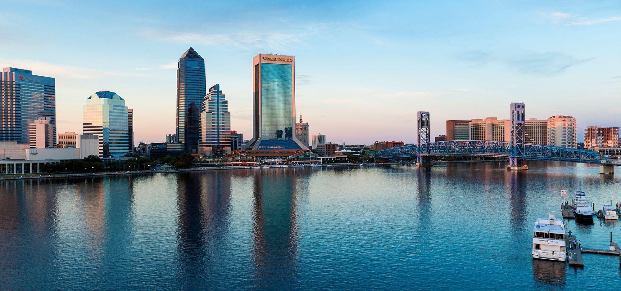 TEA har sitt hovedkontor i Jacksonville. Storbymetropolener den største byen i den amerikanske delstaten Florida - målt i folketall - og den trettende største i USA.