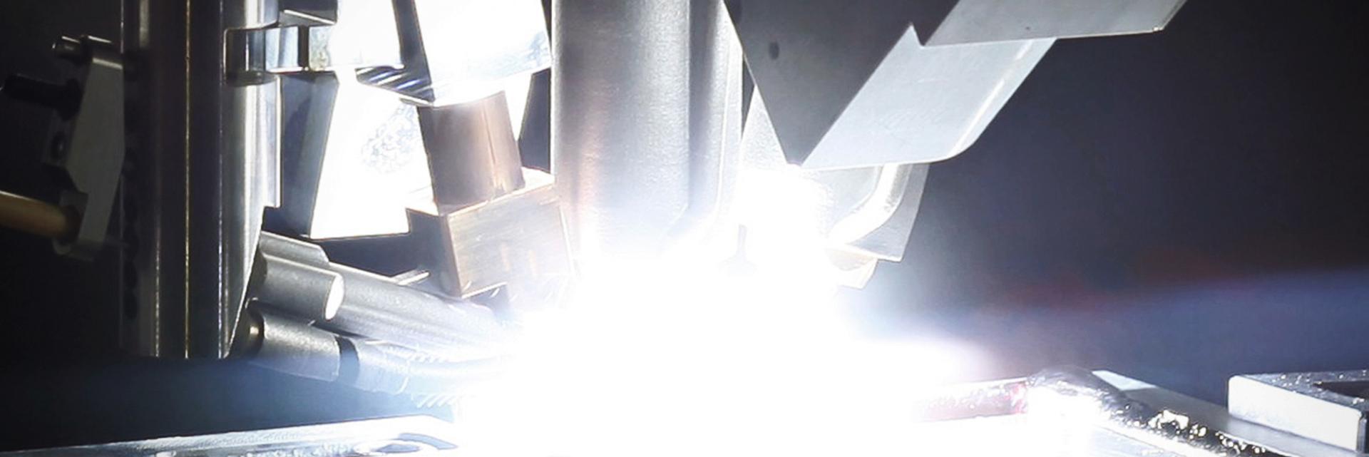 ANNONSE: Disse Hønefoss-fabrikkene ville gjort James Bond og Tony Stark misunnelige