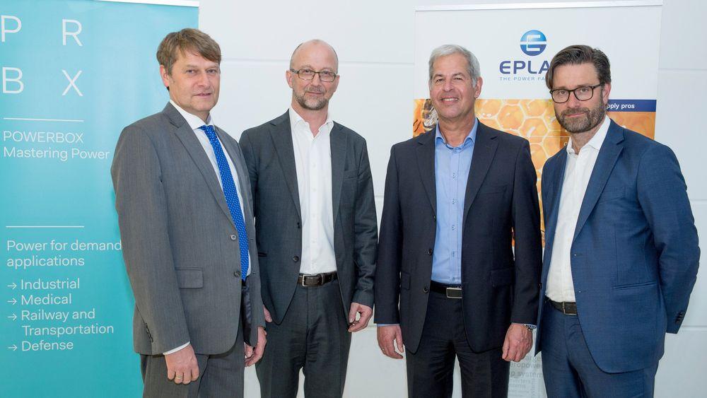 Fra venstre til høyre: Andreas Mielke, Eplax, Martin Sjöstrand, Powerbox, Wolfgang Pape fra Eplax og Henrik Flygar fra Powerbox.