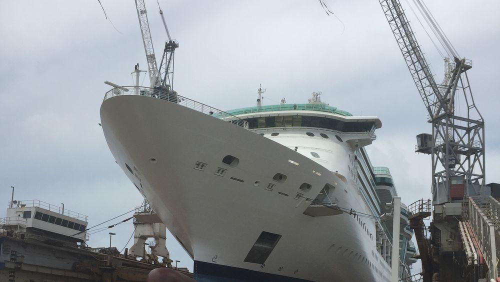 Skipsmøbler fra Møre skal benyttes under obygging av Jewel of the Seas.