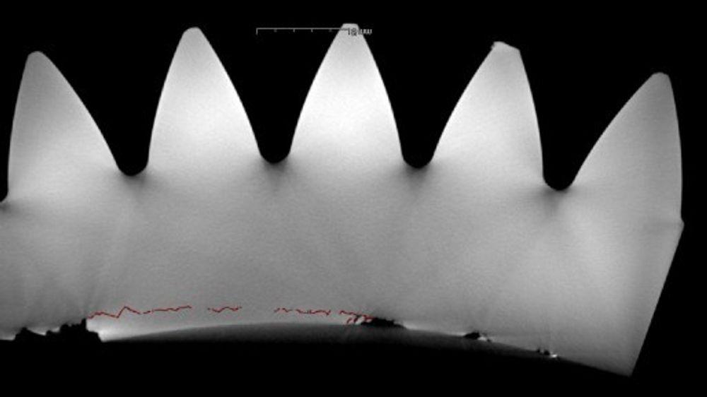CT-scan av sprekkdannelsen inne i planetgiret.