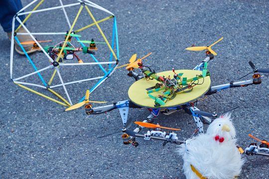 Noen av Henning Pedersens tidligere kreasjoner, som vi fikk se på dronedagen.