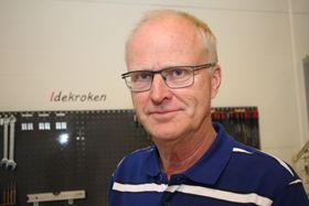 Arne Ramsland leder FoU-lab fra Tenkeboksen inne i verkstedet til Tronrud Engineering.