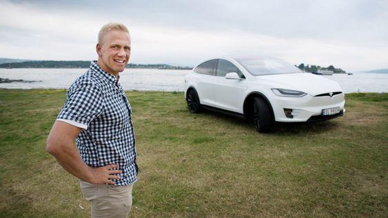 Bertin Torgersen var fornøyd med prøveturen med Tesla Model X.