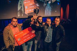 LGR fra venstre: Eetu «sAw» Saha, Saku «SAGGERTRON» Jokinen, Sami «xseveN» Laasanen, Lasse «ZOREE» Uronen ogSlaava «Twista» Rasanen.