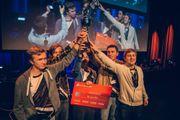 nDurance Gaming fra venstre:Anders «Sharp» Lilleengen,Jon Olav «BigfatAndBlack» Holland, Isak «Energy» Fjell, Omid «Touch» Rosander og Dennis «Cuctus» Karlsson.