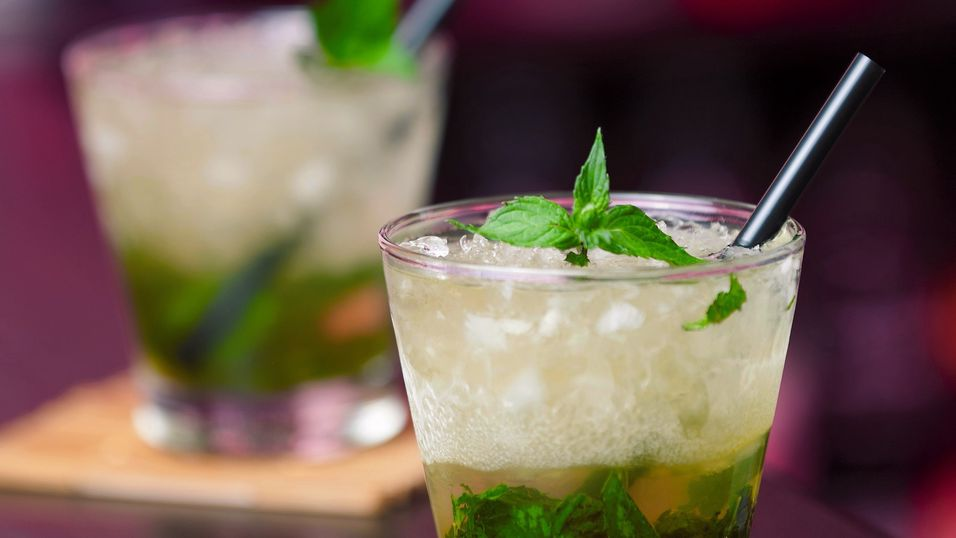 Cocktails-collection--Mint-Julep-000024816489_Full