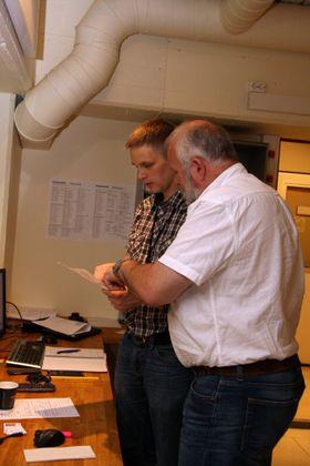 Marinteks Ørjan Selvik (t.v,) og Arne Lothe fra Norconsult diskuterer testplanen.