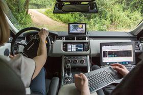 Teknologien er fremdeles på utviklingsstadiet. (Foto: Jaguar Land Rover)