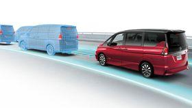 Også andre produsenter, som Nissan, tilbyr en viss grad av selvkjøring til biler.