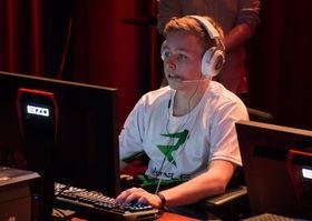 Mid Lane-spiller Sander «Zhandia» Skogstad. Her avbildet under Digitality X.