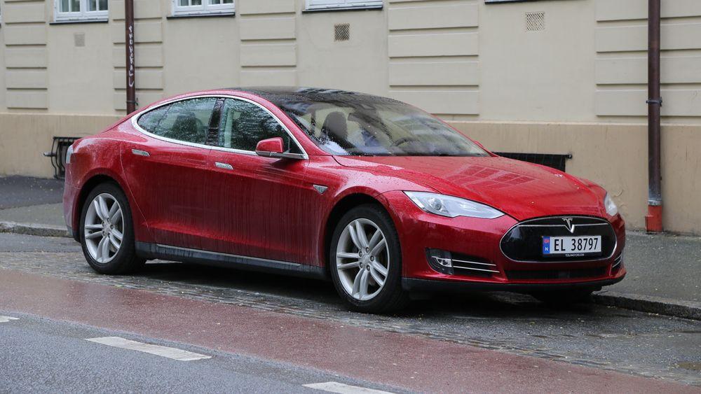 Tesla skal gjøre endringer i hvordan data fra bilens radarsensor behandles.