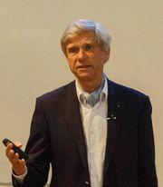 IT-pioner og ARM-grunnlegger Hermann Hauser synes det er leit at selskapet blir solgt.