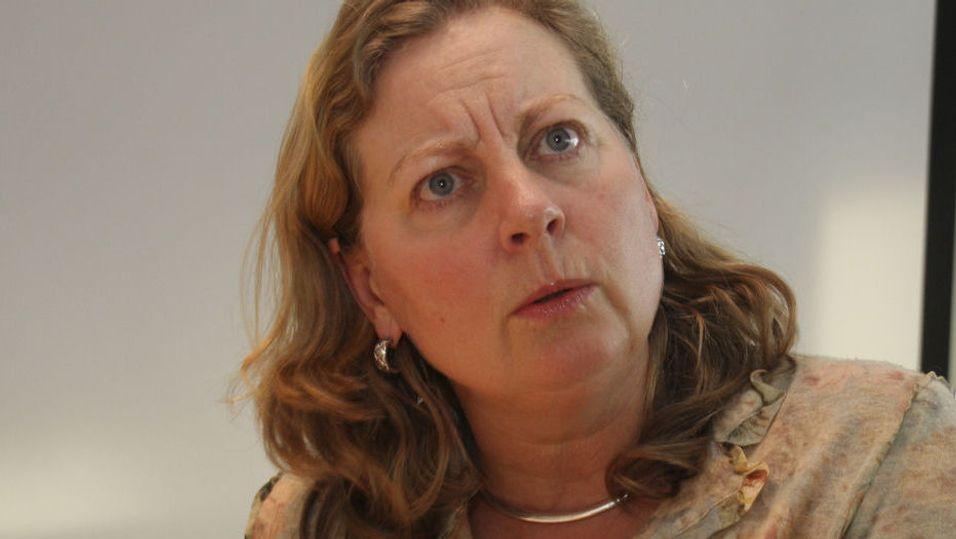 Leder i Telenor Norge, Berit Svendsen, er ettertrykkelig lei av sendrektighet og manglende handlekraft på myndighetsnivå.