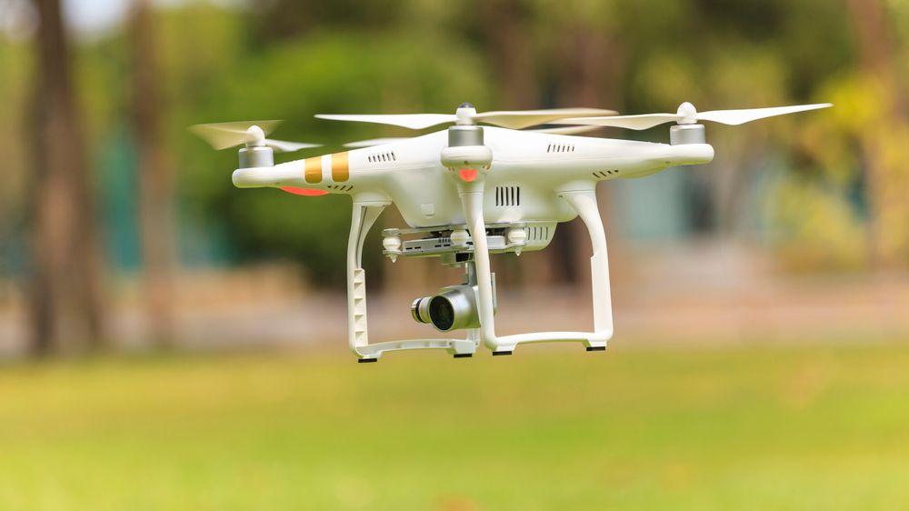 Vet du hva du har lov til og ikke når du flyr dronen din?