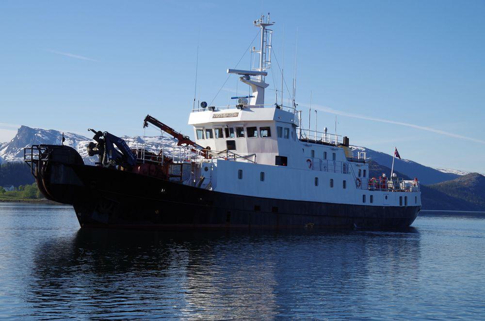 Kabelskipet MS Nordkabel ble operert av Seaworks som fungerte som Telenors entreprenør i forbindelse med kabelutleggingen.