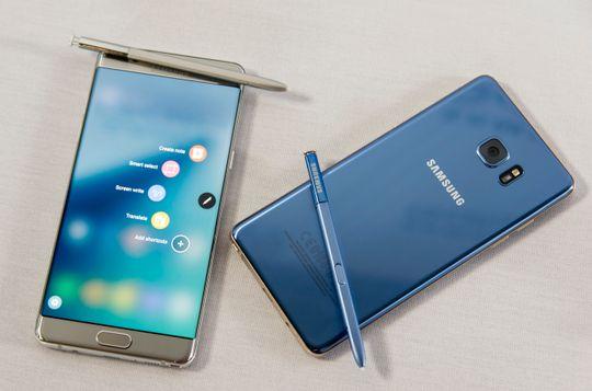 Sølv og korallblå er to av variantene Galaxy Note 7 kommer i.