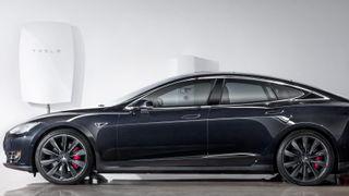 Vil tilby totalløsning: Nå skal Tesla selge solceller