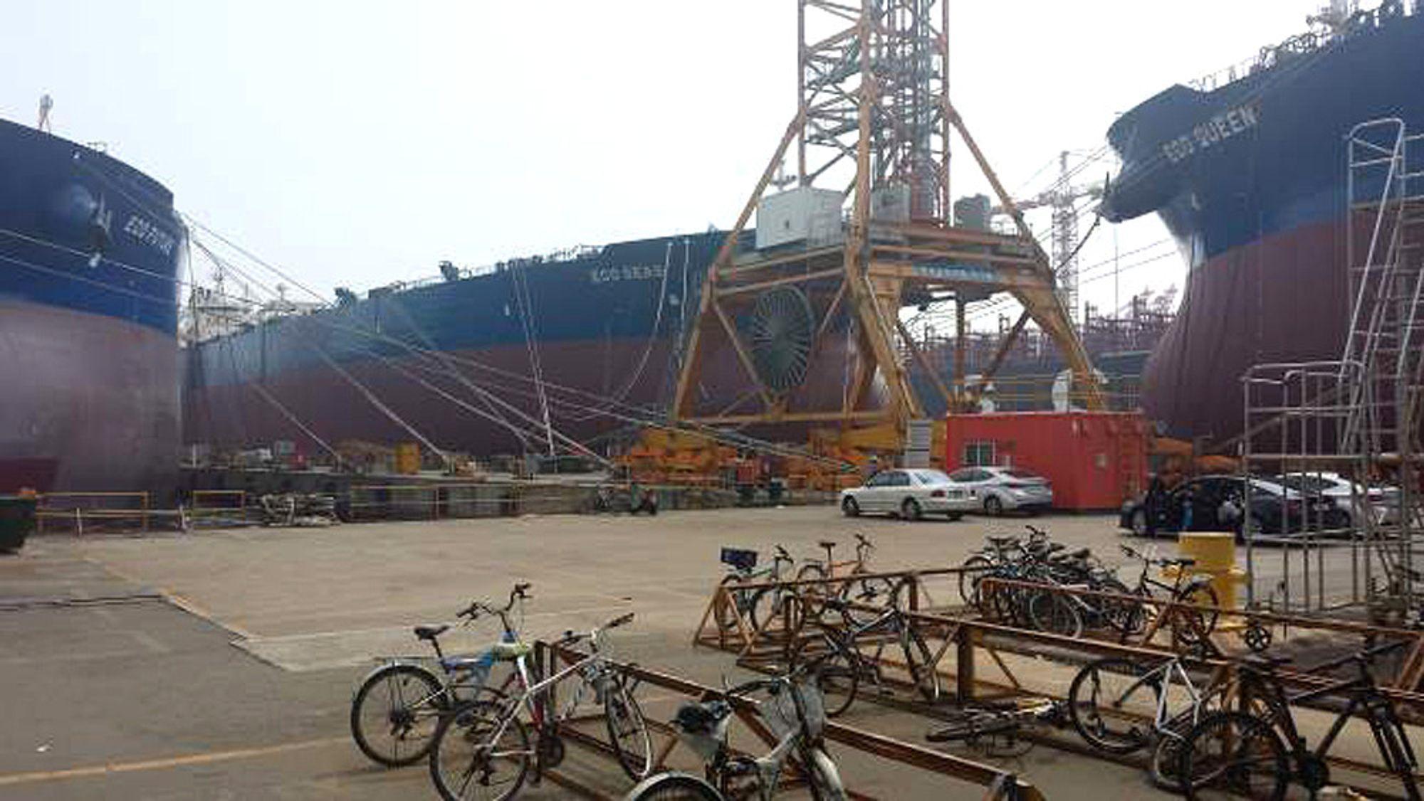Eco Future sammen med søsterskipene Eco Queen og Eco Seas. Eco Queen blir overlevert ca. 20. september, Eco Seas ca. 5. oktober.