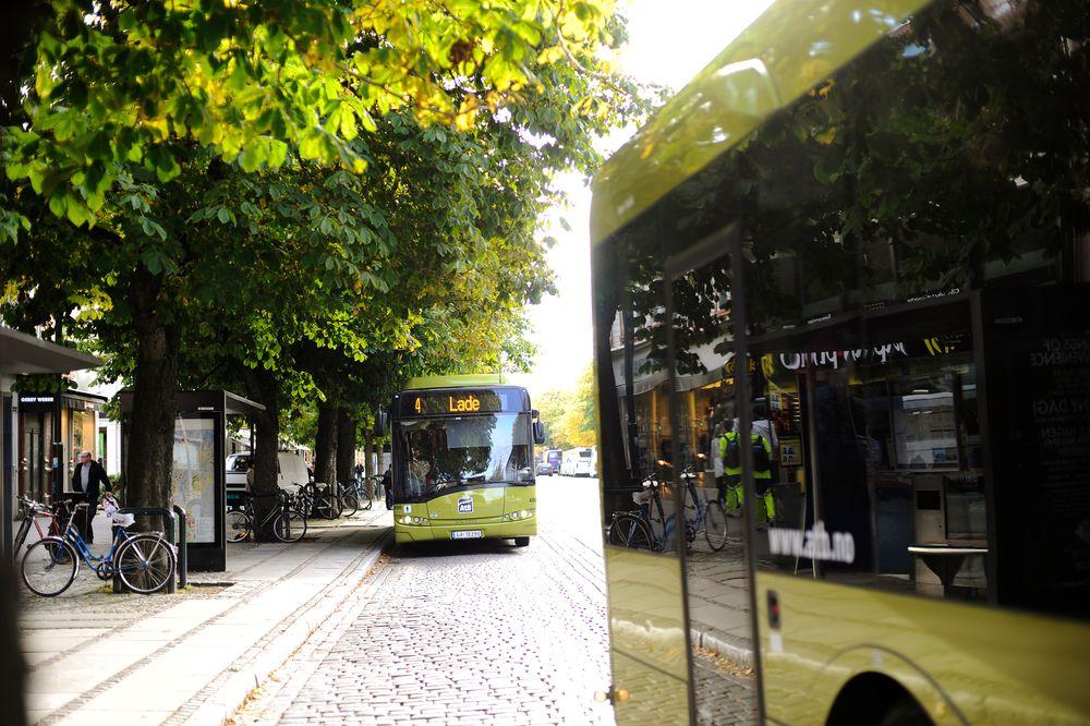 Det nye superbuss-tilbudet i Trondheim skal, ifølge kommunen, minne mer om et banetilbud enn et vanlig busstilbud.