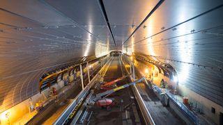 Nå er stasjonshallen dekket med 1000 tonn stål