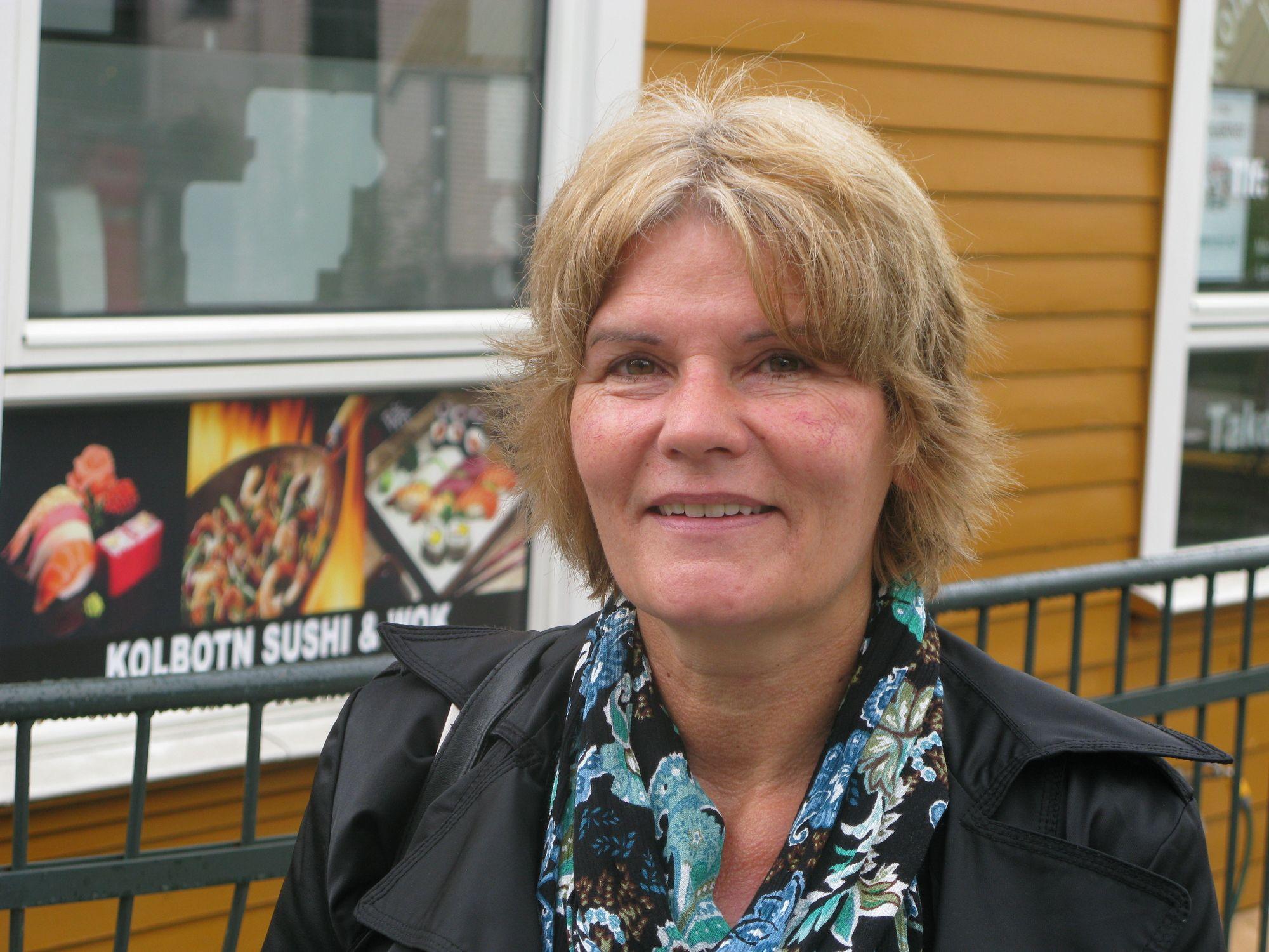 """INGENTING Å KLAGE PÅ: God planlegging var Helen Haraldviks """"våpen"""" mot endringer i pendlevanene. Hun er en av mange pendlere som har måttet ty til alternativ transport til og fra reisemålet under arbeidene på Oslo S."""