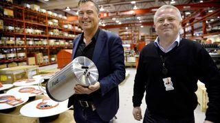 Det norske firmaet teller tre mann. Nå har de alle offshorenasjoner som sitt marked