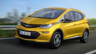 Opel Ampera-E har en rekkevidde på over 500 kilometer.