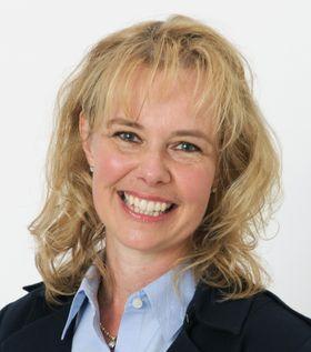 Christina Lampe-Önnerud har doktograd i uorganisk kjemi, og har spesialisert seg på batterier. Hun grunnla batteriprodusenten Boston-Power i 2005, og har nå presentert et nytt batteriarkitekturkonsept hun tror kan revolusjonere batteriverdenen.