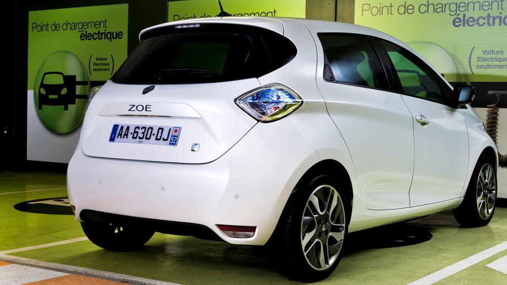 Renault setter en autonom Zoe i trafikk i Kina.