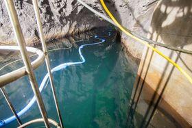 Vanntunneler kan ha vært i drift i mer enn 50 år, uten å noen gang ha vært renset. Denne tunnelen ble åpnet på 90-tallet, og kan ikke tappes ned.