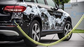 GLC F-Cell er den første hydrogenbilen som kan lades eksternt.