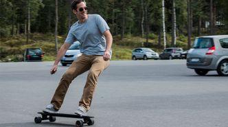 Vi prøvekjørte et helt rått elektrisk skateboard på en parkeringsplass i Oslo