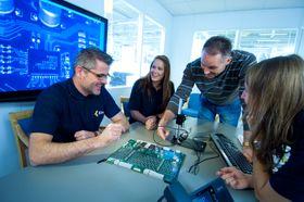 I dag er det ca. 380 ansatte ved Kitrons anlegg i Arendal.