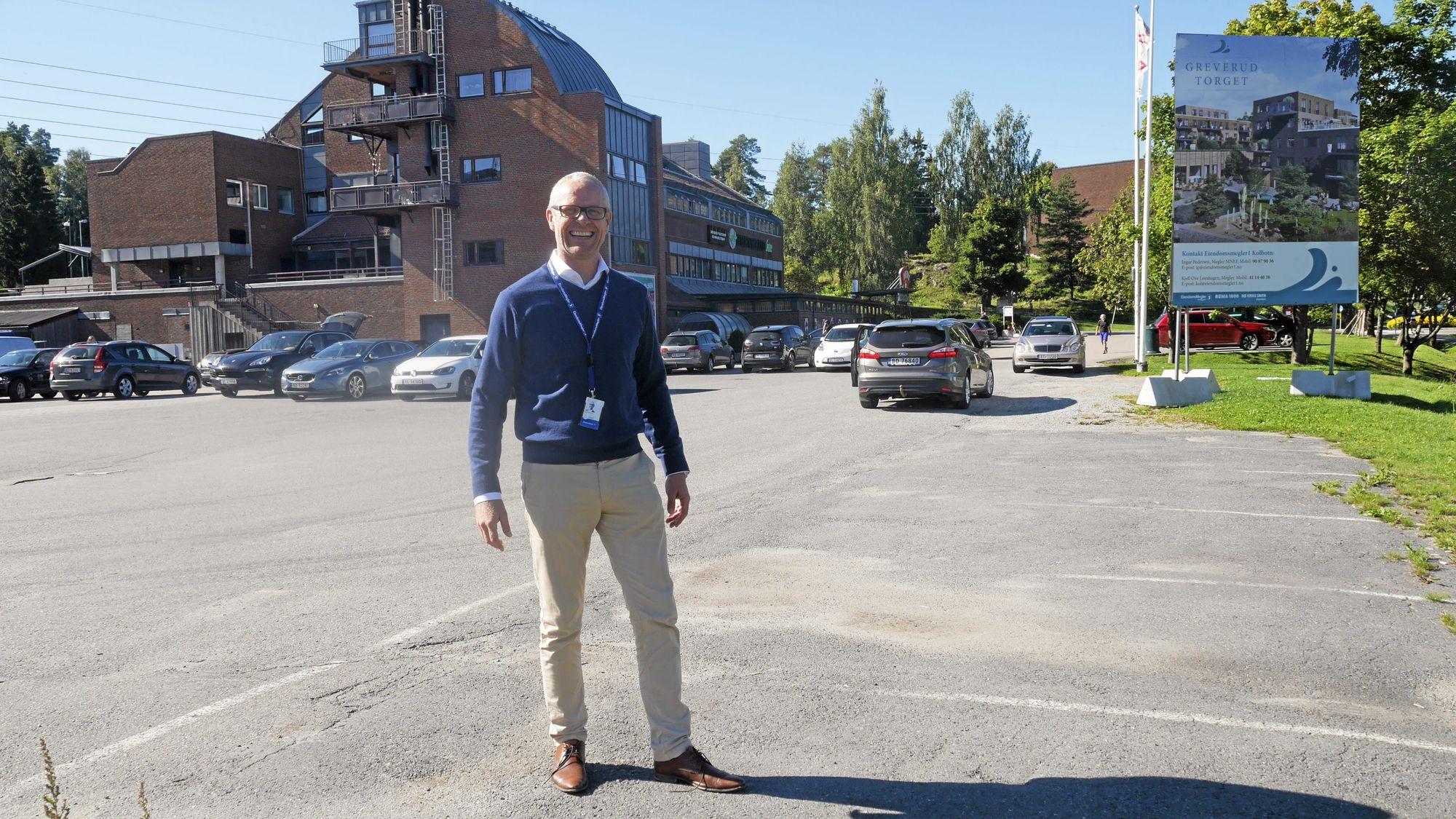 IVRIG: Megler Ingar Pedersen i Eiendomsmegler1 gleder seg stort til å starte salget.