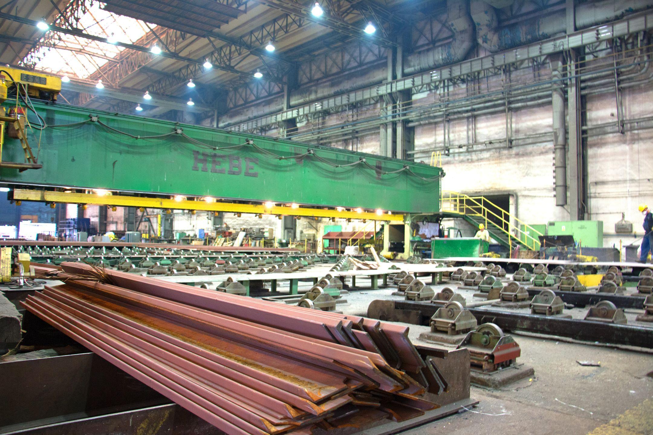 Crist-verftet i Gdynia har store lager- og produksjonshaller. Svært mange av prosjektene på verftet er for norske oppdragsgivere.