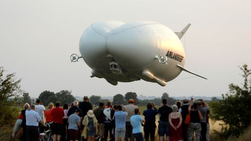 Verdens største luftfartøy: «Den flygende rumpa» har styrtet