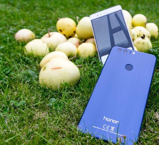 Huawei P9 eller Honor 8? Det avhenger først og fremst av hvilken du synes er finest, men handler også litt om funksjoner og lagringsplass.
