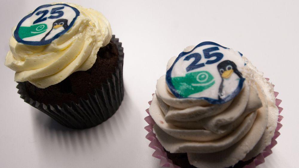 Linux feirer 25 år i dag. Det har blant annet Suse markert med egne cupcakes.