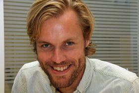 Daglig leder Morten A. Christophersen har utdannelse innen elektronikk og nanoteknologi fra NTNU og Berkely. .