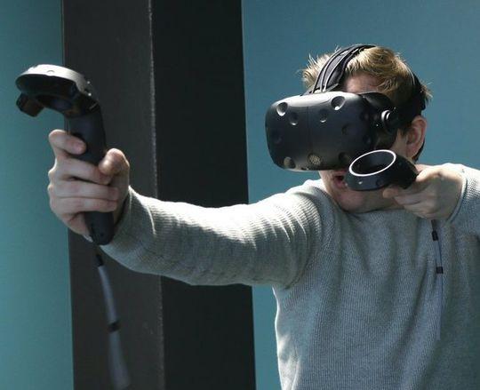 HTC er markedsledende på heftige VR-briller akkurat nå, og har en forholdsvis ny toppmodell på markedet. Vi venter ikke å høre mer fra dem før en eventuell Nexus-lansering sammen med Google.