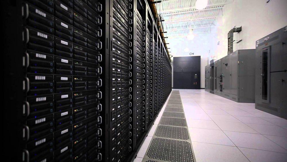 Rackspace selger virtuell serverkraft basert på Openstack-plattformen fra egne datasentre i London, Chicago, Dallas, Nord-Virginia, Hongkong og Sydney.