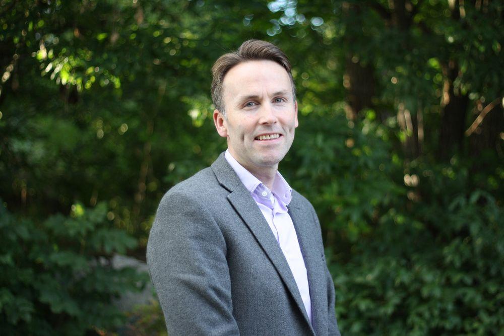 Stein Andre Larner blir ny administrerende direktør i Com4. – Jeg ser frem til å bli med på videreføringen av det solide arbeidet som allerede er lagt ned, sier Larner som er utdannet siviløkonom fra Handelshøyskolen BI.