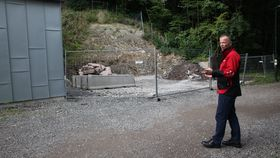 Daglig leder Roy Frivoll i Nydalen Energi mener det blir stygt å plassere to kjøletårn rett ved turveien langs Akerselva i Nydalen.