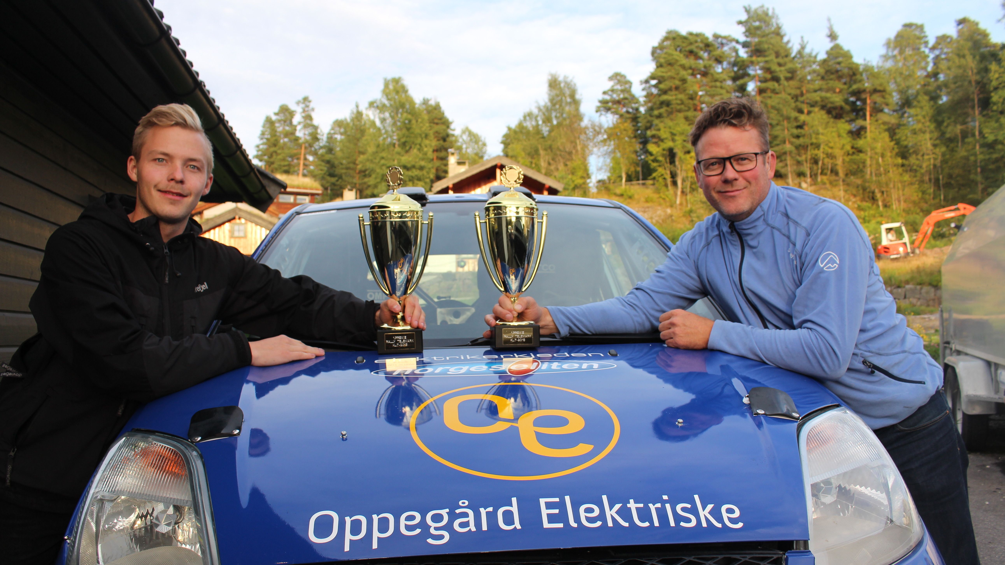 RADARPAR: Runar Pedersen og Christoffer Bakke Pedersen kjører for BBP Rallyteam. De vant sin klasse i Rally Telemark.