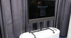 Bang & Olufsen BeoVision Horizion Slipper rålekker TV som oser retro