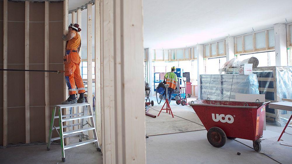 En rekke ingeniører som i dag godkjenner brannsikring, elektro og VVS i større bygg mistet fra 1.1.2016 denne muligheten etter innføringen av nye kvalifikasjonskrav. Det kan føre til at en rekke større byggeprosjekter blir forsinket.