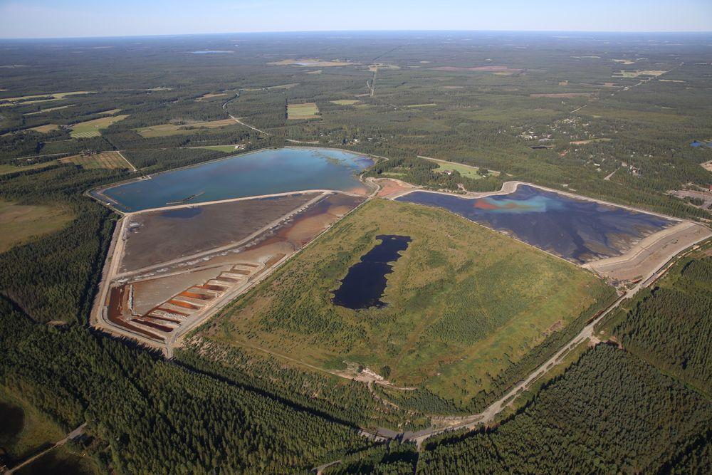 Kobbergruven til Pyhäsalmi Mine Oy stanser utvinningen i 2018. Deretter blir avfallsdeponiene omgjort til verdifullt råstoff for Yara, og gruven minsker sitt miljøproblem.