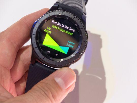 Den matt-svarte Frontier-versjonen av Gear S3 ser ganske tøff ut.