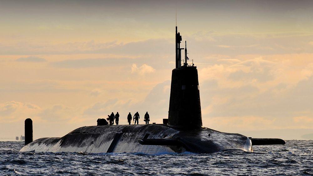 HMS Vanguard er en av fire britiske ubåter med Trident-raketter.